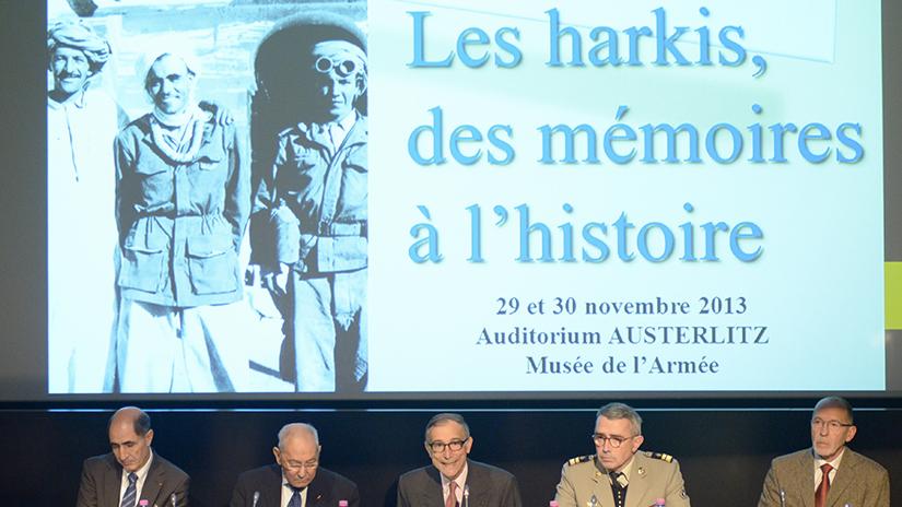 De gauche à droite: M. Mohand Hamoumou, Hamlaoui Mekachera, M. Frédéric Grasset, le colonel Thierry Noulens et M. Michel David