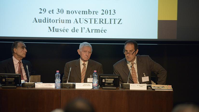 De gauche à droite: M. Frédéric Grasset, le général Faivre et M. Jean-Jacques Jordi
